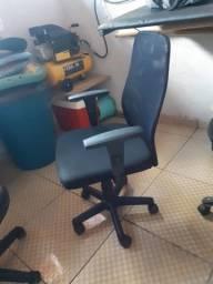 Cadeira diretor usada com Garantia