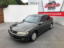 GM - Chevrolet Vectra GLS 2.2 8V