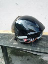 Vendo capacete um mês de uso