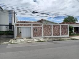 Casa Gruta, próximo ao hospital Veredas,ideal p/ clínicas e emprensas.