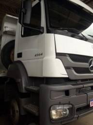 (JK) Vendo caminhão Axor 4144 ano 2012