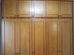 Armário / guarda-roupa de casal planejado 5 portas madeira maciça