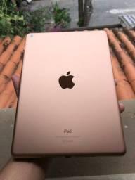 iPad 6th geração 32GB Gold. Excelente estado.