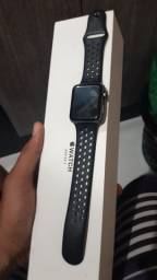 Vendo Apple watch 42 mm série 2 nike