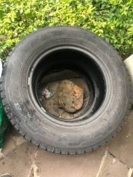 2 pneus Goodyear 205 70 R15 G32 Cargo