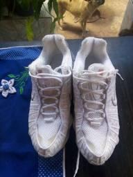Tênis novo Nike 12 molas