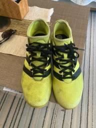 Chuteira Adidas N°40