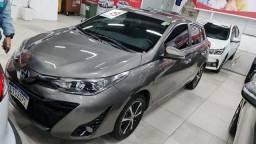 Título do anúncio: Toyota Yaris 19/19<br>XLS 1.5 flex<br>Autom Couro Rodas 33000km<br>Garantia fábrica