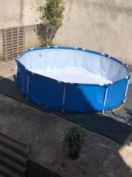 Vendo piscina 5mil litros  nova pouco tempo de uso