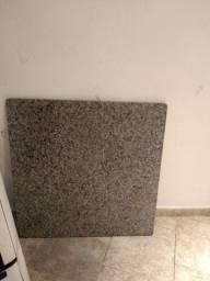 Mesa de mármore sem os pés