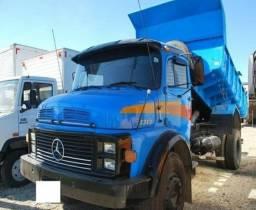 Mercedes 1313 caçamba