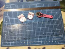Base de corte, réguas e cortador
