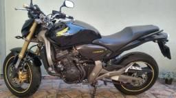 Honda Hornet 2010 (PARCELADO)