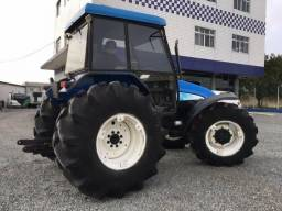 Trator New Holland 4x4 TL 85 ano 2009