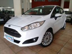 Ford New Fiesta 1.6 Titanium 2014/15 - 2015