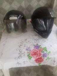 2 capacetes desapego
