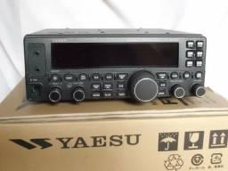 Rádio HF Yaesu FT450D