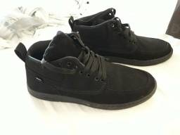 13b1a656b9 Roupas e calçados Masculinos - Outras Cidades