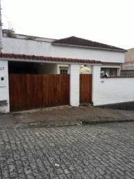 Vendo casa - Bairro Castrioto - Petrópolis