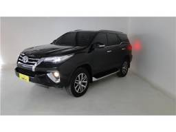 Toyota Hilux sw4 2.8 srx 4x4 7 lugares 16v turbo intercooler diesel 4p automático - 2016