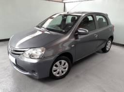 Toyota Etios X 1.3 Flex 16V 5p Mecânico 4P