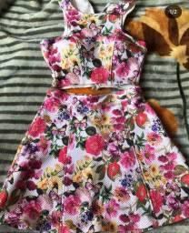 Conjunto de Cropped com Saia Floral