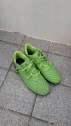 Chuteira Adidas Nemesis - society