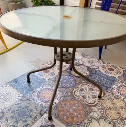 Mesa para Jardim em Aço - R$ 200