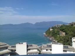 Linda cobertura com varanda gourmet e vista para o mar para venda com 2 quartos