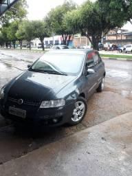 Vendo Fiat Stilo em dia funcionando tudo perfeitamente carro de garagem R$ 15.900,00mil