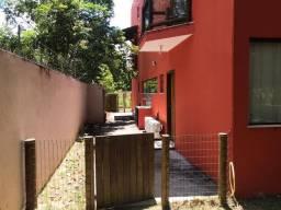 Casa com 4 suítes em Busca Vida R$ 1.200.000,00