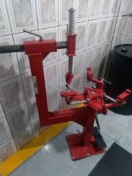 Máquina de desmontar pneu