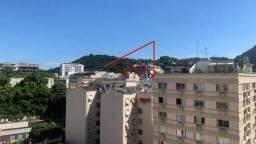 Apartamento à venda com 3 dormitórios em Laranjeiras, Rio de janeiro cod:LAAP31649