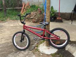 Bike aro 20 p/ Cross Mônaco