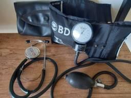 Kit Estetoscópio e Esfigmomanômetro