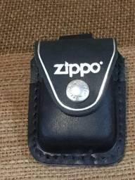 Capa de Isqueiro Zippo - Preto em Couro com clipe em Metal