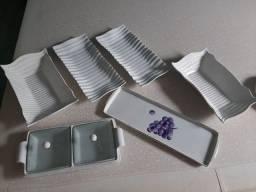 6 bandeijas de porcelana para por frios...