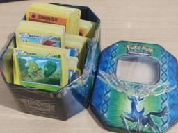 Lote 280 Cartas Pokemon Colecionáveis + Caixa de Metal