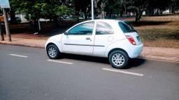 Ford Ka 2004/2005 básico gasolina R$ 9.200,00