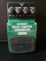 Bass pedal - Behringer BLE400