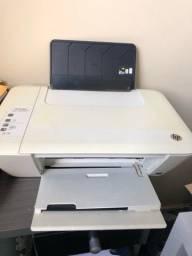 Impressora multifuncional HP.