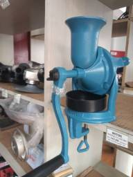 Moinho manual para café Botini B03