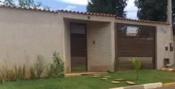 Casa com Edicula e Piscina em Cesario Lange