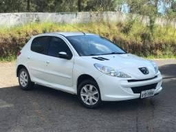 Peugeot 207 Active ano 2014 Unica dona baixa KM