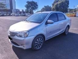 Toyota Etios Sedã 1.5 Platinum 2015/2015