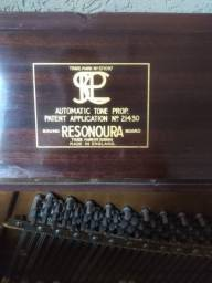 Piano Inglês Bentley