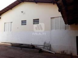 Casa à venda com 3 dormitórios em Chacaras tubalina, Uberlândia cod:V44791