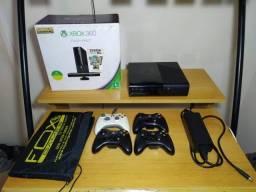 Xbox 360 desbloqueado com 28 jogos.