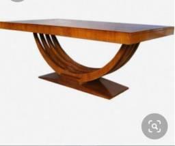 Mesa de centro em madeira maciça. Super resistente. Nova, sem uso.
