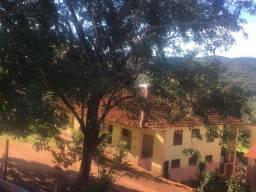 Vende-se casa em São Gonçalo do Rio Preto/MG